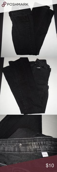 Jennifer Lopez Black Jeans Size 4 Up for sale is a pair of Jennifer Lopez jeans. They are a size 4 and they are they are in great shape no rips, holes, or stains. I am open to offers as always and don't forget to check out my other items in my closet. Jennifer Lopez Jeans Boot Cut