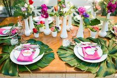 Tropical Bridal Showers, Tropical Party, Palm Beach Decor, Tropical Centerpieces, Wedding Decorations, Table Decorations, Wedding Ideas, 27th Birthday, Bachelorette Party Games