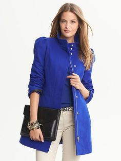 abrigos-azul-electrico-5.jpg (520×693)