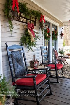 Far Above Rubies: Country Christmas porch