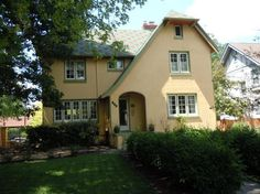 247 Volusia Ave, Oakwood, OH 45409 - Coldwell Banker Heritage Realtors - SOLD