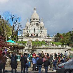 Basílica de Sacre Coeur. Vale a pena subir a vista da cidade de Paris é linda. #sacrecoeur #montmartre #paris #france #frança #europa #eurotrip #turistando #ferias #viagem #viaje #viajar #trip #travel #patriciaviaja