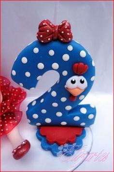 Topo de bolo em biscuit Galinha Pintadinha!(sem nome) Obs: Se deseja o nome na frente por favor consultar preço antes de efetuar o pagamento do pedido!