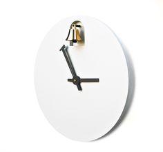 Dinn Musical Clock by Alessandro Zambelli | MOCO Vote 시간이바뀔때마다종소리가들릴거같아서재밌는거같음