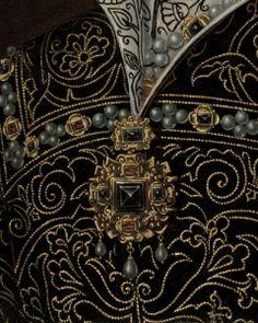 Mary-tudor-mould-jewel