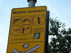 Dentro del mismo recinto de St Pauli, en zona dudosa...