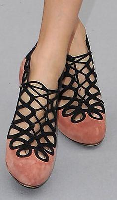 Ghillie shoes - zapato cerrado menos en la parte de las agujetas