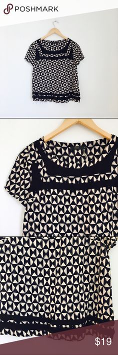 "THML top Beige and black short sleeve woven blouse in size XS. Chest 18"", length 20.5"". Excellent used condition. THML Tops"