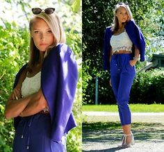 Lookbook - Petra Karlsson - Glasses, H&M Blazer, Top, Pants - Blue n white