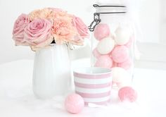 White and Shabby: SPRING ROMANCE  love the colors white and rose