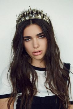 See Dua Lipa pictures, photo shoots, and listen online to the latest music. Pretty People, Beautiful People, Most Beautiful, Beautiful Women, Nelly Furtado, Christina Aguilera, Break My Heart, Divas, Female Singers