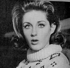 Listen to music from Lesley Gore like You Don't Own Me, It's My Party & more. Find the latest tracks, albums, and images from Lesley Gore. Leslie Gore, The Ronettes, 60s Music, Music Songs, She Song, I Party, Big Hair, Girl Group, Famous People