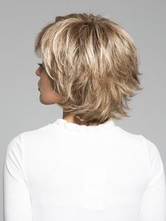 57 latest short haircuts for women over 40 44 Short Straight Hair, Short Hair With Layers, Short Hair Cuts For Women, Short Hairstyles For Women, Choppy Bob Hairstyles, Hairstyles With Bangs, Straight Hairstyles, Easy Hairstyles, Latest Short Haircuts