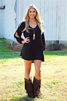 Southern Fried Chics is the fastest growing online boutique. With southern inspired clothing from Missy Robertson to more modern styles like Miss Me Jeans.