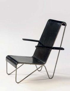 Gerrit Rietveld: Steel Chair (1927)