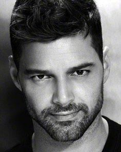 Swoon | Ricky Martin ♡ on Pinterest | Ricky Martin, Singers and New ...