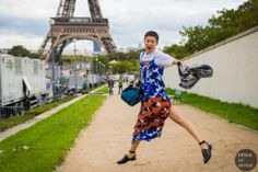 After a long month of shows, the fashion crowds save the best for last in Paris. Ootd, Yellow Suit, Street Looks, Fashion Photography Inspiration, Pink Heels, Paris, Street Chic, Ny Times, Photography Tips