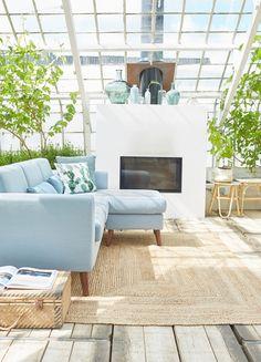 Lip | Canapé d'angle fixe réversible en tissu bleu pastel - Décoration - Déco - Maison - Alinéa