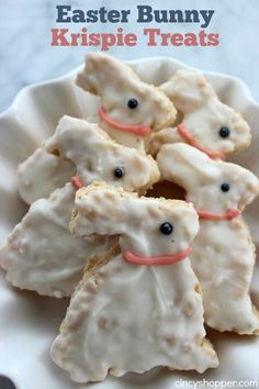 If your family is a fan of Krispie treats these Easter Bunny Krispie Treats will make for a great dessert, Easter basket addition or snack this holiday seas