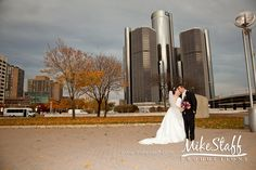 #wedding pictures #romantics #wedding poses #wedding couple #bridal pictures #Michigan wedding #Mike Staff Productions #wedding photography #Hart Plaza Detroit http://www.mikestaff.com/services/photography