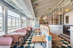 Papi Chulo Restaurant by Akin Creative | Featured on Sharedesign.com