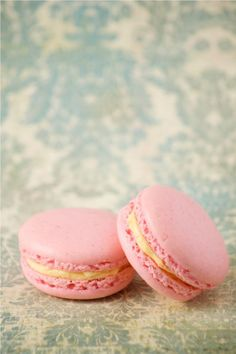 At last! A fail-safe macaron recipe, now I might consider making them.