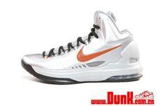 "Nike KD V ""Texas"" - Release Info"