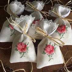 Henna and Wedding Etamin Heart Flowering Lavender and Candy Sac Models Hand Embroidery Flowers, Ribbon Embroidery, Cross Stitch Embroidery, Embroidery Designs, Just Cross Stitch, Cross Stitch Finishing, Cross Stitch Flowers, Lavender Bags, Lavender Sachets