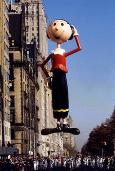 First female Macy's float!  Olive Oyl. Macy's thanksgiving Day Parade. NYC Macys Thanksgiving Parade, Popeye And Olive, Popeye The Sailor Man, Olive Oyl, Balloon Flights, Comic Character, Cartoon Characters, Vintage Photos, Retro Vintage