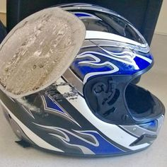 Safety gear…..yep it's important….. #lucky #gearup #motorbike #twowheels #rubbersidedown #smartmotorcycleaccessories #motorcycle #closeshave