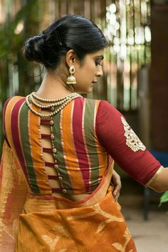 Buy Designer Blouses online, Custom Design Blouses, Ready Made Blouses, Saree Blouse patterns at our online shop House of Blouse from India. Cotton Saree Blouse Designs, Blouse Back Neck Designs, Saree Blouse Patterns, Fancy Blouse Designs, Latest Blouse Patterns, Sari Bluse, House Of Blouse, Stylish Blouse Design, Blouse Models