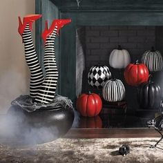 Set of Two Sexy Witch Leg Stakes Halloween Yard Decoration Haunted Scary Wicked Diy Halloween, Porche Halloween, Halloween Displays, Halloween Decorations, Halloween Stuff, Happy Halloween, Halloween Wreaths, Halloween Projects, Halloween 2019