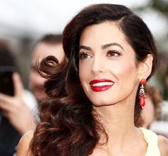 The ultimate timeless beauty Amal Clooney at Cannes Film Festival. Amal stunned everyone with her luscious K.I.S.S.I.N.G Love Bite lip, a hypnotising wash of golden light on her eyes, and an irresistible Hollywood flutter of Legendary Lashes!!! Products used: Magic Foundation, Filmstar Bronze and glow, Mesmerising eye cremes. Makeup by Charlotte Tilbury