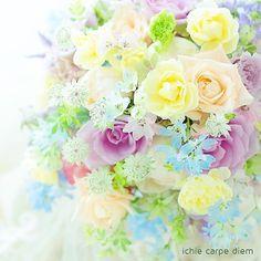 淡いきいろも淡い紫もうすい青も透けるみどりも、大好きだー!だー!だー!エコー。:暑さで溶けかけてます(脳が)。:ブログで断捨離中です。最後のアートフラワーあたり、和装ヘッドドレスにどおでしょう?…七五三とか?:#とかって何#淡い色#透明感カラー#バラ #挙式準備 #挙式#ブーケレッスン #ブーケ一会#東京花嫁#ブーケ #一会#ウェディングブーケ #ブライダルブーケ#日本中のプレ花嫁さんと繋がりたい #2018夏婚 #2018秋婚 #2018冬婚#2019春婚 #2019夏婚 #全国のプレ花嫁さんと繋がりたい #大人婚 #花嫁DIY#bouquet_ichie#bouquetichie Floral Wreath, Wreaths, Flowers, Wedding, Decor, Valentines Day Weddings, Floral Crown, Decoration, Door Wreaths