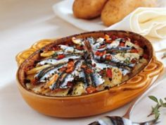 Recette - Gratin de sardines | 750g Sardines Au Four, 20 Min, Camembert Cheese, Salmon, Seafood, Food And Drink, Pie, Health, Desserts