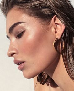 ideas for makeup bronze tan Glam Makeup, Bronze Makeup, Bridal Makeup, Beauty Makeup, Hair Beauty, Makeup Cosmetics, Doll Face Makeup, Skin Makeup, Glowy Skin