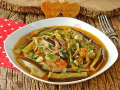 Japchae, Thai Red Curry, Ham, Veggies, Menu, Ethnic Recipes, Food, Kitchens, Essen