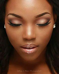 Natural looking make-up