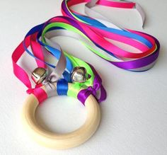 Dancing Ribbon Ring – Fun with a Touch of Greysm