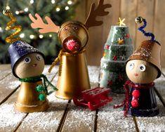 Créez avec vos enfants, une décoration de Noël originale, à partir de petits pots de fleurs. De la peinture, des pots en terre cuite, quelques accessoires et vous réaliserez facilement de petits personnages de Noël.