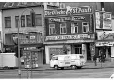 So sah St. Pauli, Reeperbahn oder die Detlev-Bremer-Straße in frühen 70er Jahren aus. Eine Fotoserie von Heinrich Klaffs.