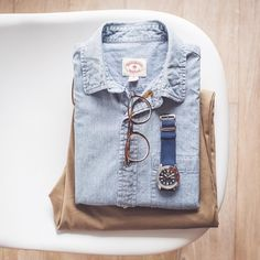 If you dont have a great denim shirt buy one. #photooftheday #vsco #vscocam #ootd #wiwt #menswear #mensstyle #mensfashion #springstyle #springfashion #brooksbrothers #jcrew #seiko #seikoskx #rl #ralphlauren #flatlay #outfitgrid