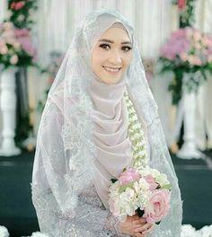 Muslimah Wedding Dress, Hijab Style Dress, Disney Wedding Dresses, Pakistani Wedding Dresses, Bridal Hijab, Hijab Bride, Wedding Hijab, Wedding Gowns, Wedding Cakes