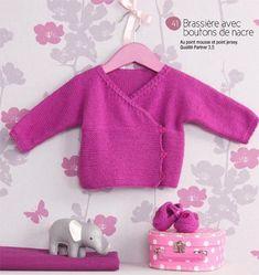 modèle gratuit tricot cache coeur bébé