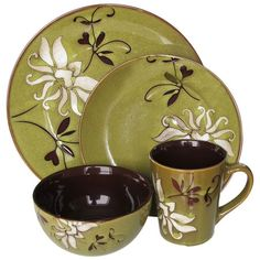 I pinned this 16 Piece Mirabel Dinnerware Set in Green from the Art of Global Dining event at Joss and Main!