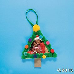 Craft Stick Christmas Tree Photo Ornament... with downloadable project instruction