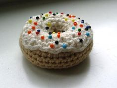 Crocheted Doughnut Donut Pincushion - FREE Crochet Pattern and Tutorial by Deirdre Fabery de Jonge