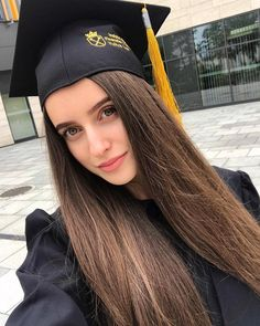 Aya Sellami 🇺🇸🇹🇳 (@ayasellami) • Instagram photos and videos Graduation Pictures, Photo And Video, Videos, Photos, Instagram, Dresses, Fashion, Vestidos, Moda