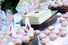 Farm Girl Themed Birthday Party {Decor, Planing, Ideas, Cake, Idea}
