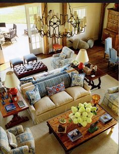 2012 Decorating Ideas Its All About Blue White